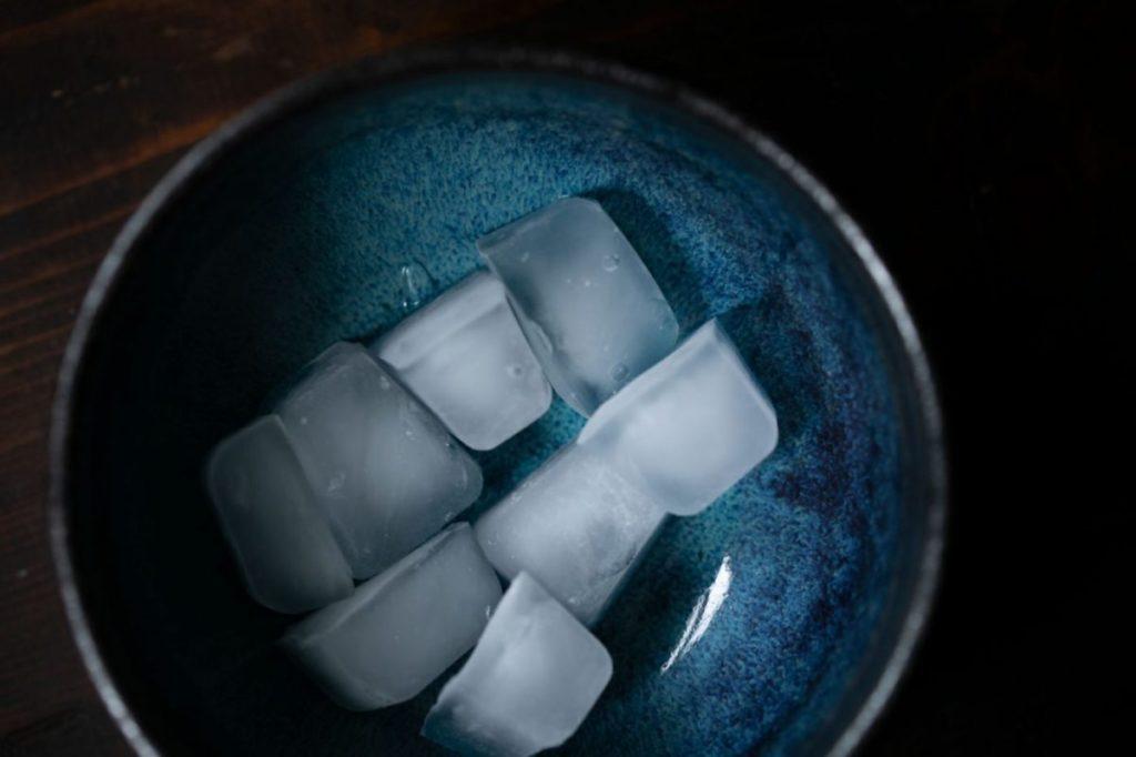 Eiswürfel für Mango Lassi