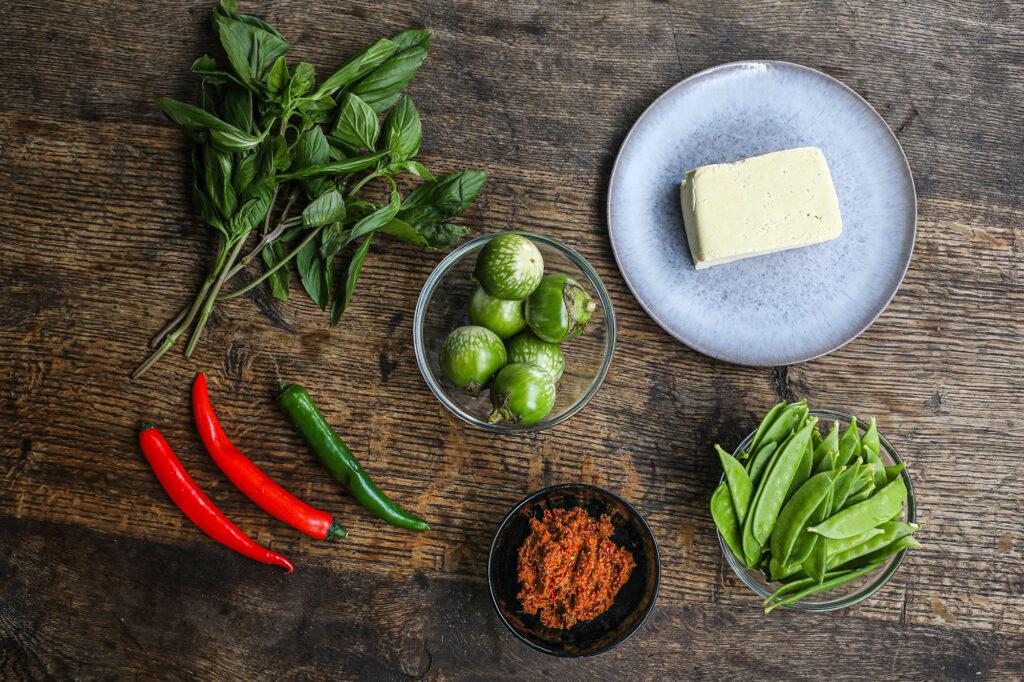 Die Zutaten, welche im Thai-Curry verwendet werden.