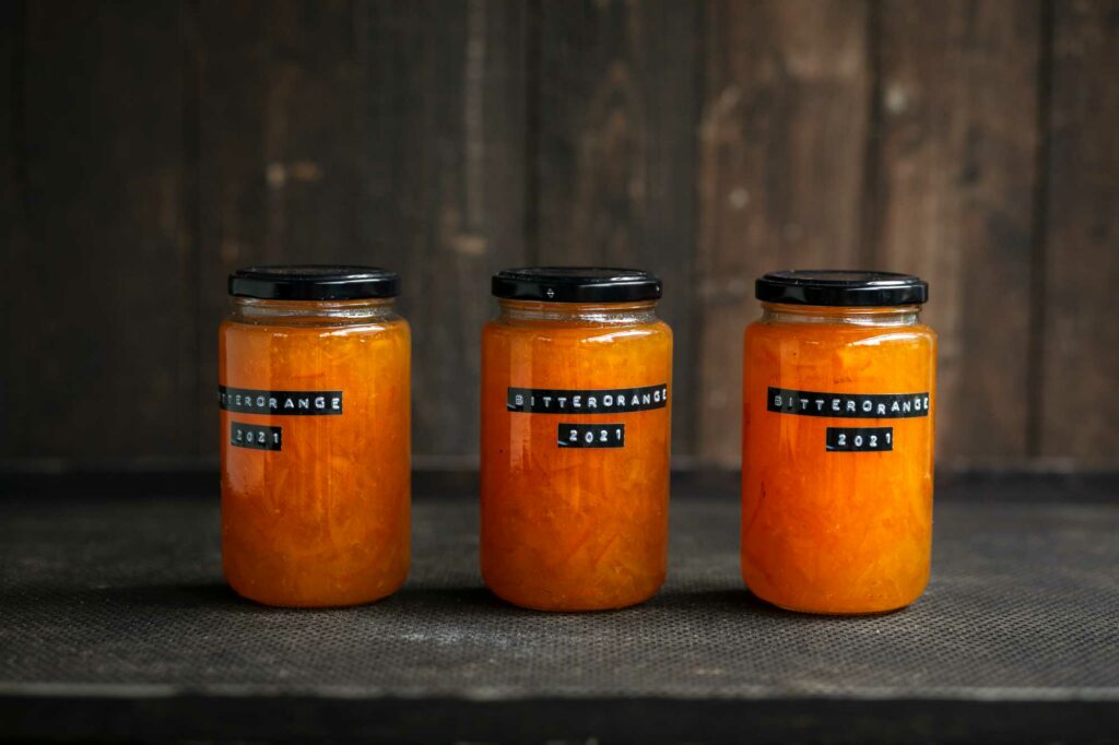 Orangenmarmelade im Glas
